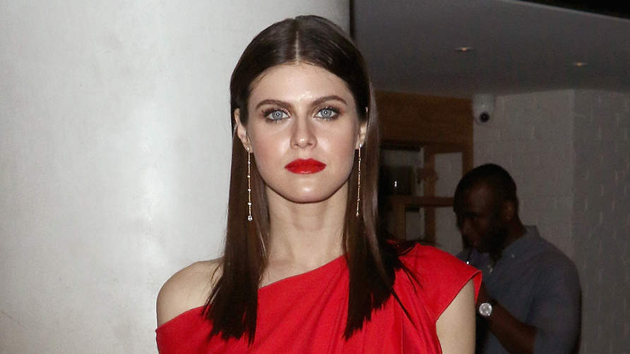 Baywatch's Alexandra Daddario Doesn't 'Obsess Over Food': What She Eats in a Day