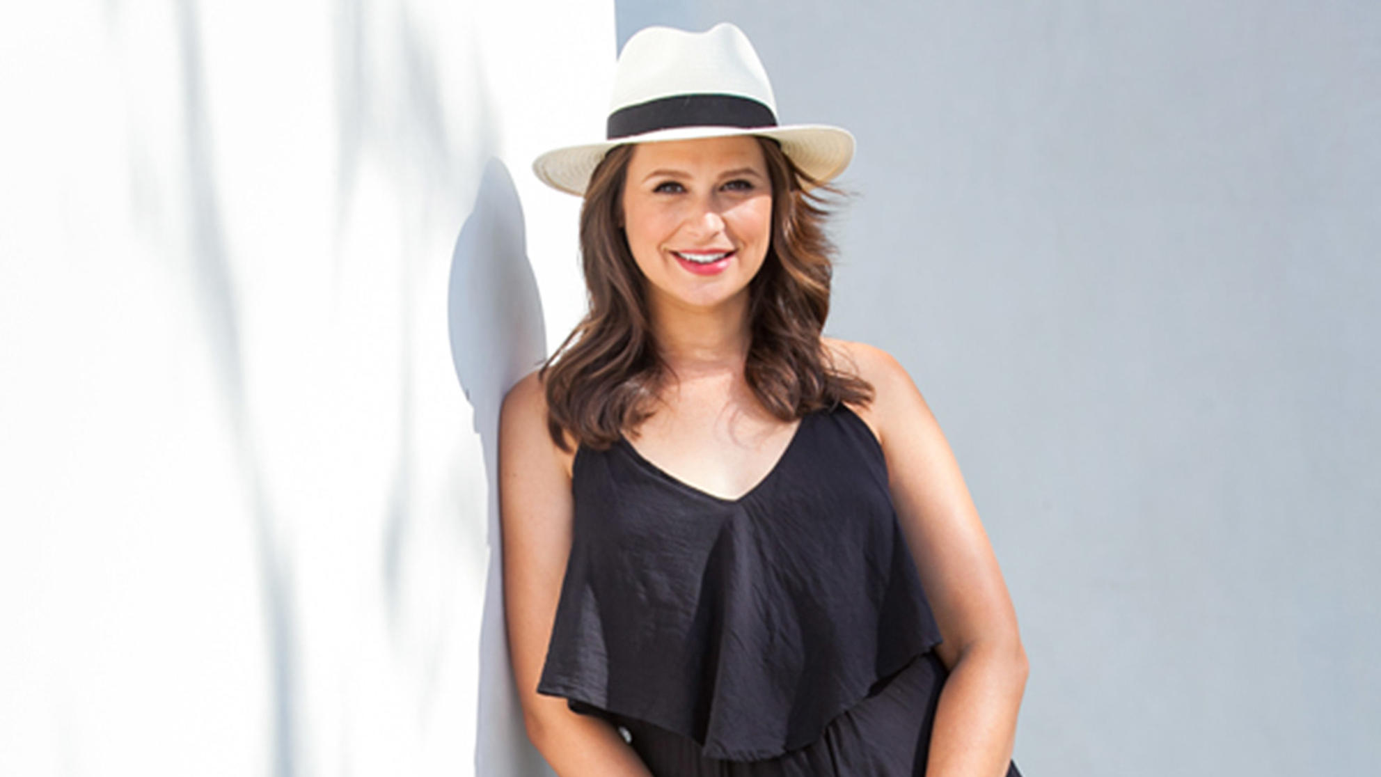 Scandal's Katie Lowes on How She Handled Psoriasis Diagnosis: 'I Felt Incredibly Embarrassed and Ashamed'