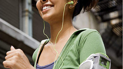 running-with-ipod-400x400.jpg