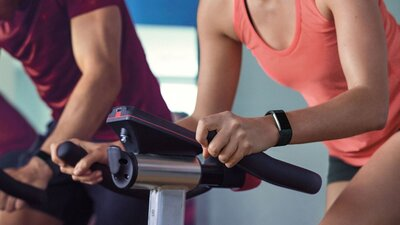 First Look Review: The New Fitbit Charge 2 and Fitbit Flex 2 - Health