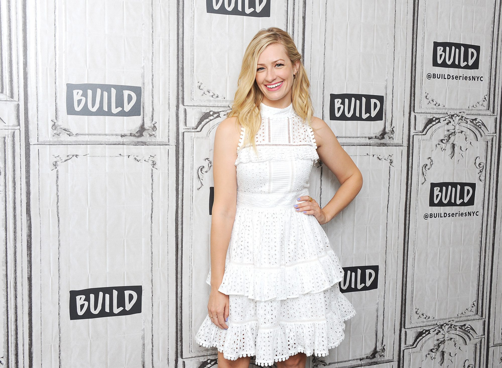 beth-behrs-white