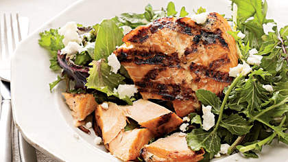 grilled-salmon-greens