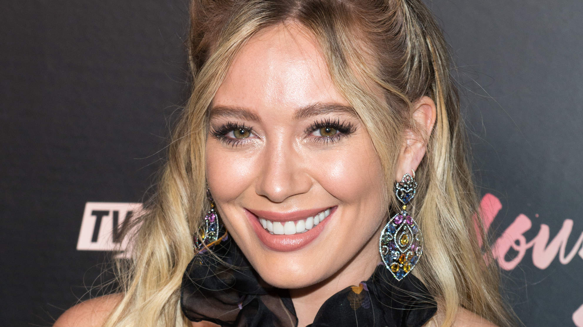 hilary-duff-earrings