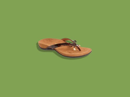 7d6418282224 8 Flip-Flops With Arch Support You ll Want to Wear All Summer