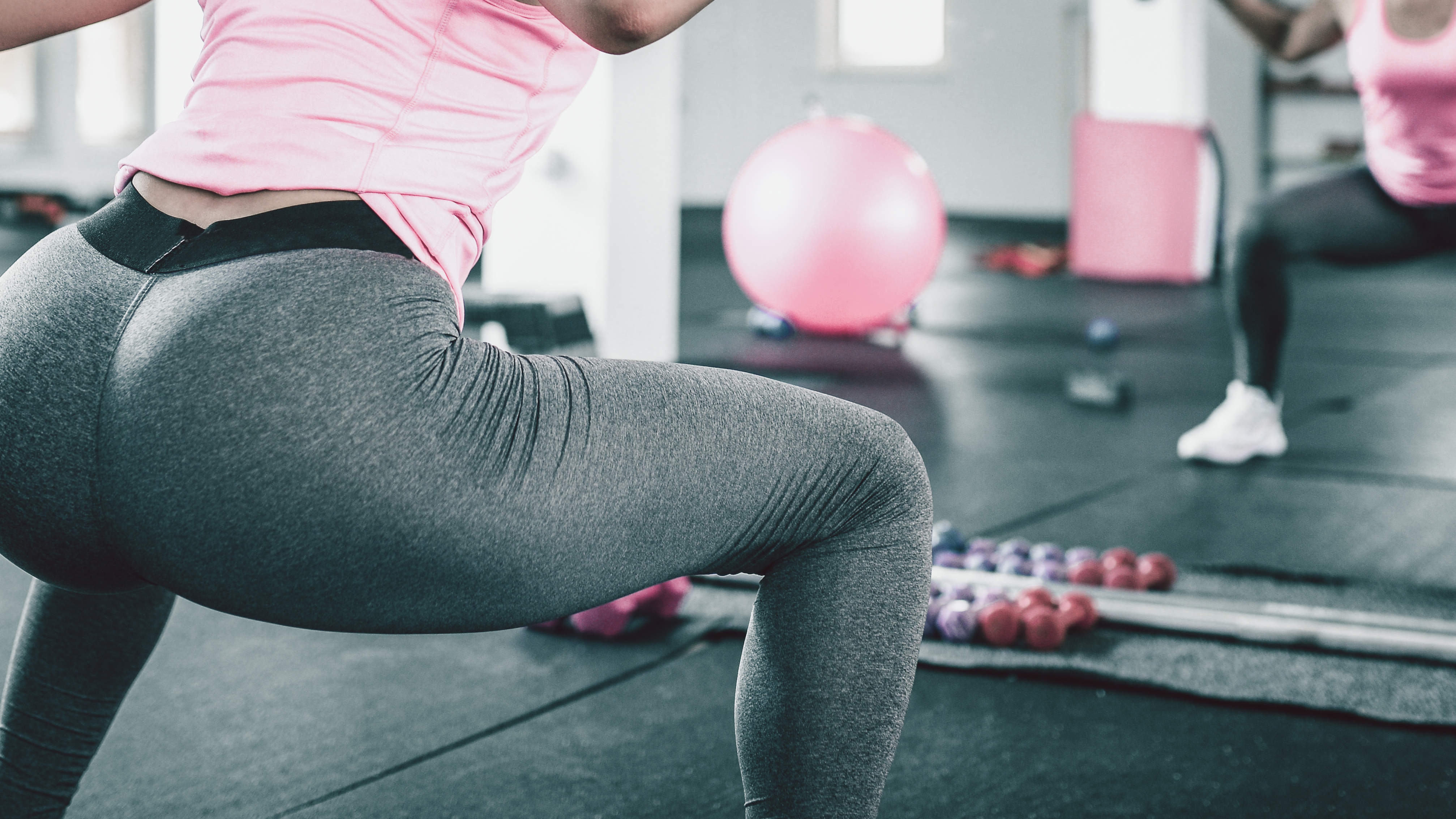 This 30-Day Squat Challenge Will Transform Your Butt in 4 Weeks