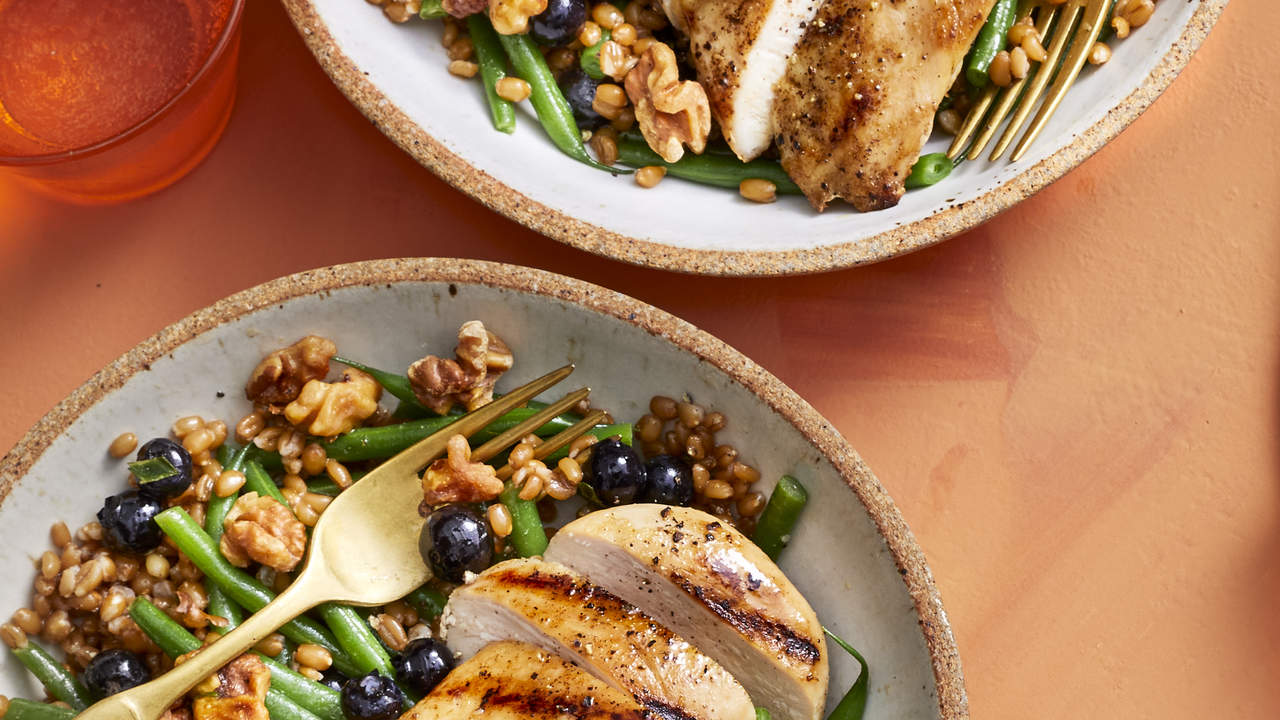 How To Make Chicken and Wheat Berry Bowl