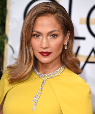 Jennifer Lopez 2106 Golden Globes