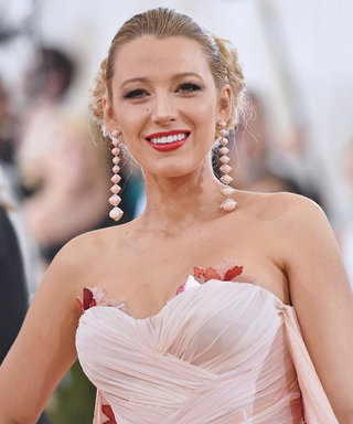Blake Lively 2016 Met Gala  -  Manus x Machina: Fashion In An Age Of Technology  Costume Institute Gala