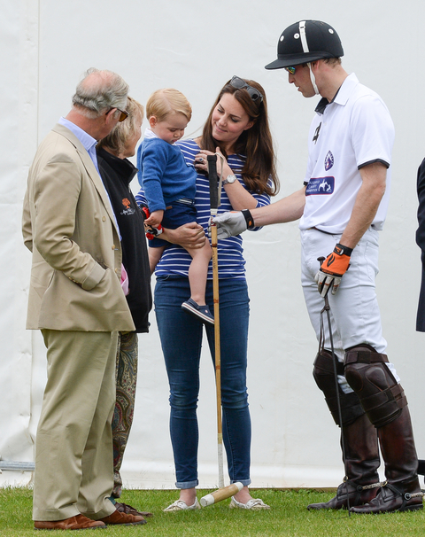 Kate Middleton and Prince George - Embed 2