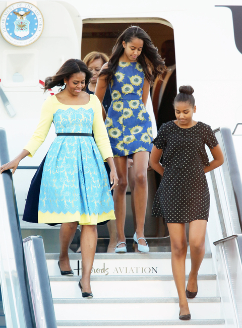 Michelle Obama Arrives in UK - Embed