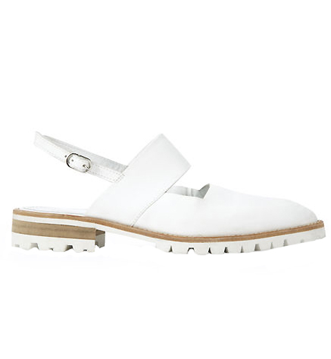 Closed-Toe Sandals - Embed 5