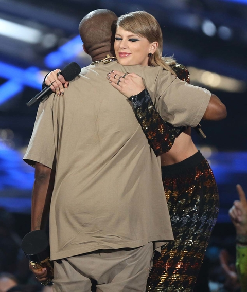 Taylor Swift and Kanye West Onstage at the VMAS