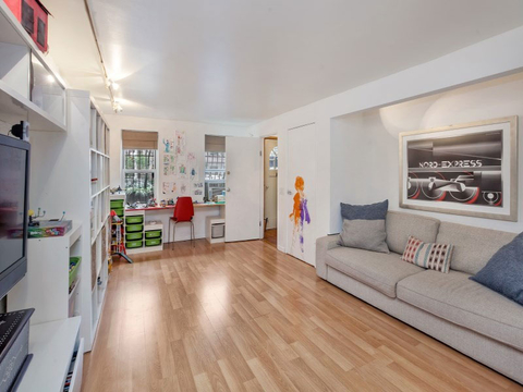 Rose Bryne and Bobby Cannavale's Home - Embed 4