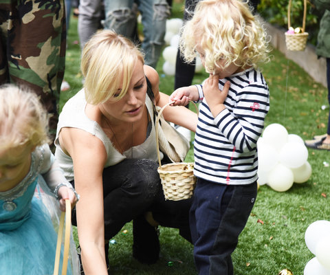 AKID Easter Egg Hunt Malin Akerman Embed