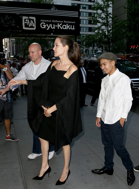 New York, NY - New York, NY - Angelina Jolie heads to dinner with son Maddox and brother James Haven at Gyu-Kaku Japanese Barbecue Restaurant in New York. Jolie and her crew soon realized they had gone to the wrong restaurant and exited to go next-door to
