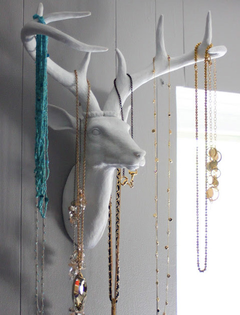 Purewow - storing jewelry embed 3