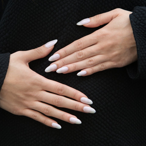 Kylie Jenner nails embed