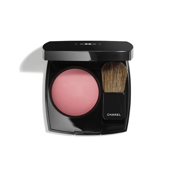 Best Blush: Chanel Joues Contraste Powder Blush