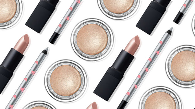 The Most Gorgeous Frosty Makeup for Dark Skin Tones