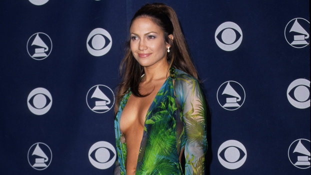 Jennifer Lopez's green versace dress from the 2000 Grammys