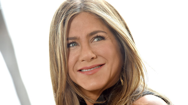 Jennifer Aniston attends the photocall of Netflix's  Murder Mystery