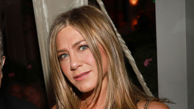 Jennifer Aniston Only Needed a Simple LBD to Stun During an Oscars After Party