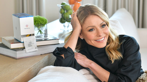 "Kelly Ripa Still Feels 23, but Her Daughter ""Helpfully"" Reminds Her She Isn't"