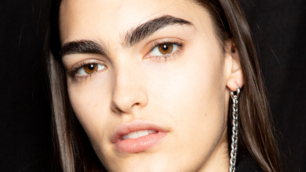 How to Get Salon-Quality Brows at Home, According to Experts