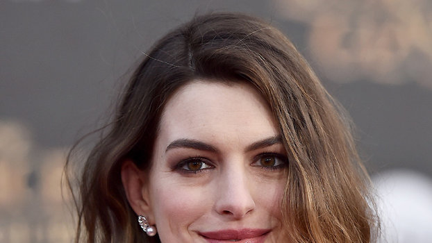 HOLLYWOOD, CA - MAY 23:  Actress Anne Hathaway arrives at the premiere of Disney's 'Alice Through The Looking Glass' at the El Capitan Theatre on May 23, 2016 in Hollywood, California.  (Photo by Axelle/Bauer-Griffin/FilmMagic)