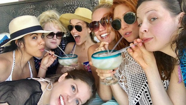 The Pitch Perfect Ladies Cannot Stop Instagramming Their Mexican Vacay