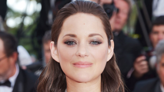 Marion Cotillard S Changing Looks Instyle Com Instyle Com