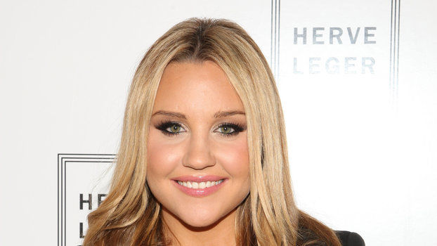 Amanda Bynes Is Sharing Photos of Her Fiancé on Instagram