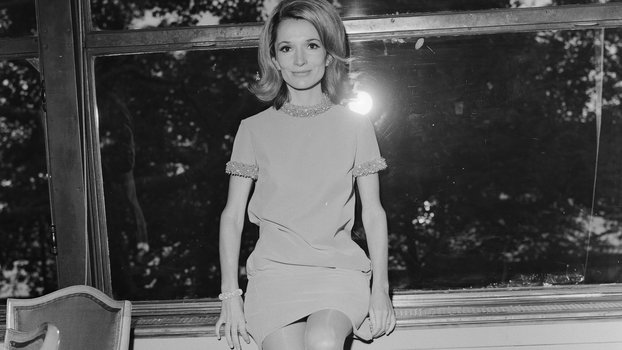 Jackie Kennedy's Sister, Lee Radziwill, Made Julia Roberts Cry at Her Own Movie Premiere