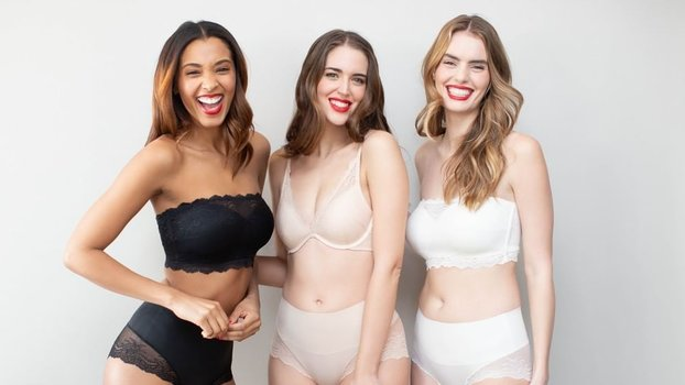 Spanx Just Dropped a Surprise Flash Sale You Can Shop All Weekend