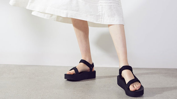 All of Nordstrom's Comfiest Sandals Are on Sale Right Now