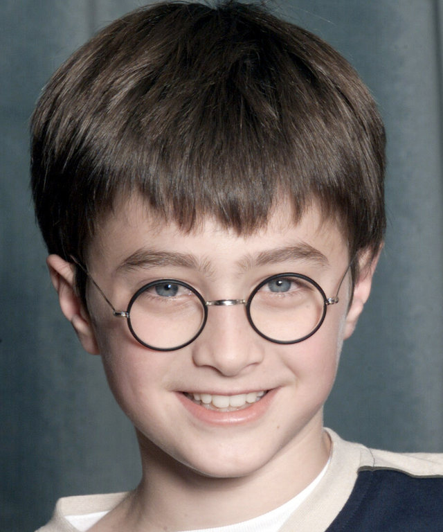 LONDON - AUGUST 23: Actor Daniel Radcliffe attends a press conference for the movie  Harry Potter and The Philosopher's Stone  in London on August 23, 2000. 11 year old Daniel will play Harry Potter in the film of the popular book by JK Rowling. (Photo by