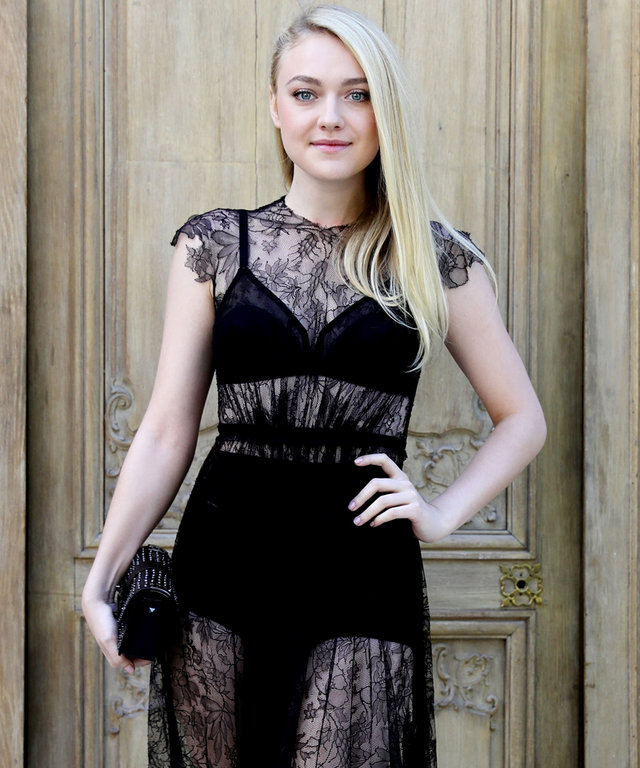 PARIS, FRANCE - OCTOBER 02:  Actress Dakota Fanning attends the Valentino show as part of the Paris Fashion Week Womenswear  Spring/Summer 2017  on October 2, 2016 in Paris, France.  (Photo by Vittorio Zunino Celotto/Getty Images)