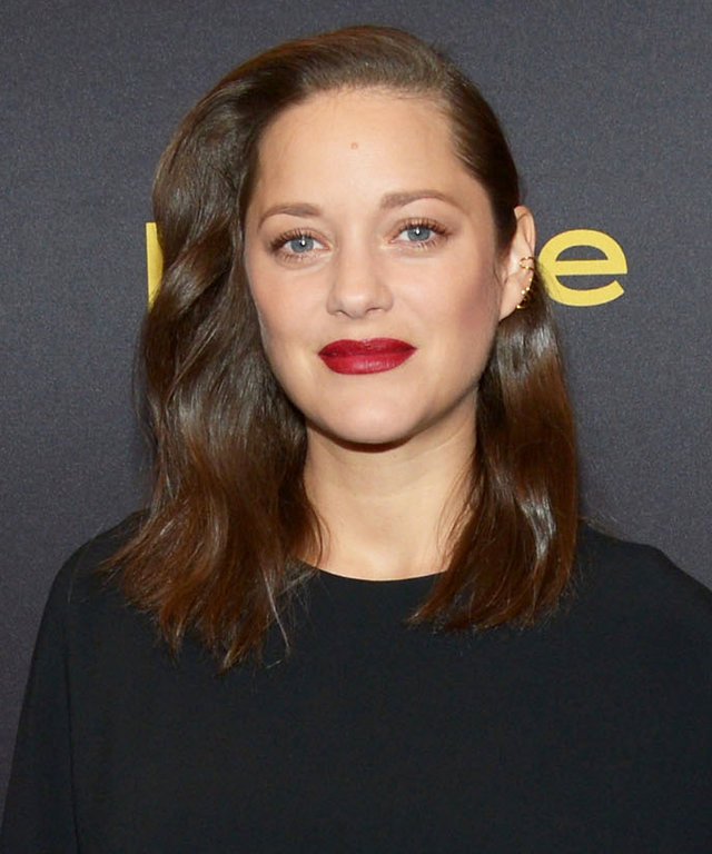 WEST HOLLYWOOD, CA - NOVEMBER 10:  Actress Marion Cotillard arrives at the Hollywood Foreign Press Association and InStyle celebrate the 2017 Golden Globe Award Season at Catch LA on November 10, 2016 in West Hollywood, California.  (Photo by Matt Winkelm
