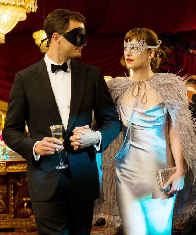 FIFTY SHADES DARKER, l-r: Jamie Dornan, Dakota Johnson, 2017. ph: Doane Gregory/©Universal Pictures/courtesy Everett Collection