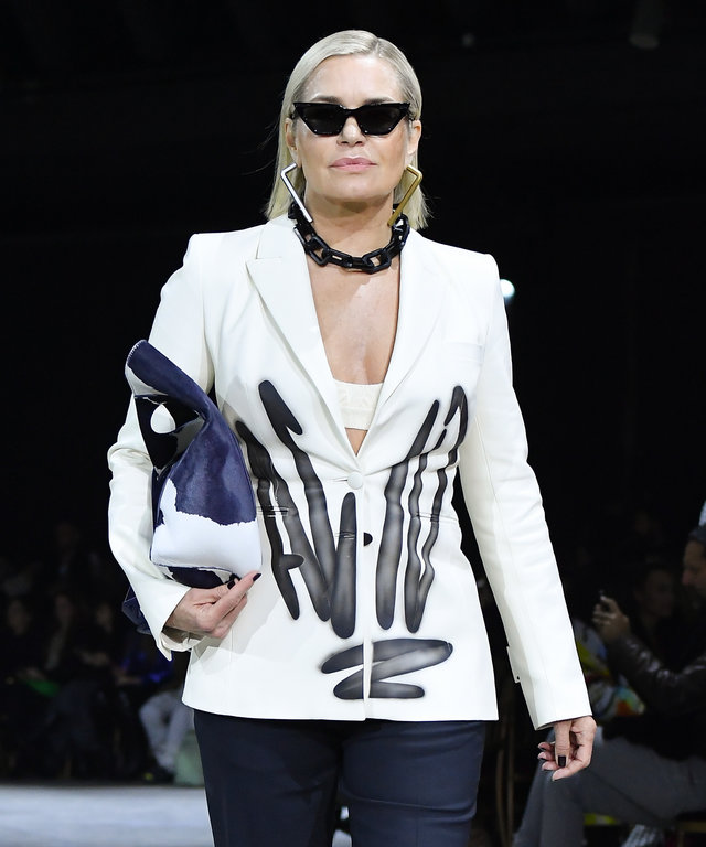 gigi and bella's mom yolanda hadid walking runway at off-white fall 2020 during paris fashion week