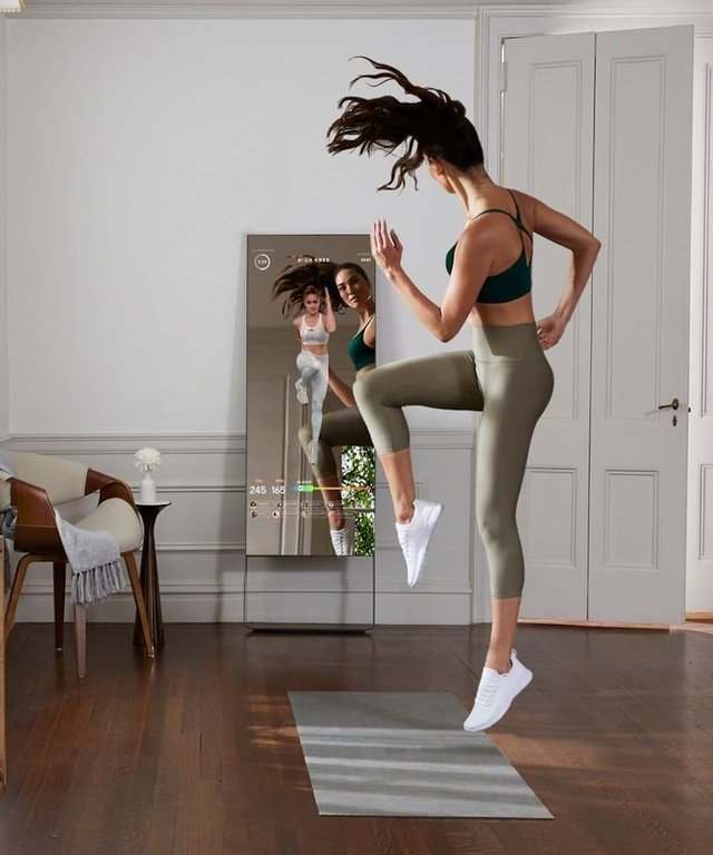 mirror-home-workout-device