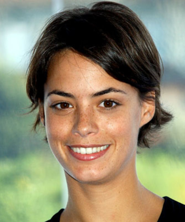 Berenice Bejo - Transformation - Hair - Celebrity Before and After