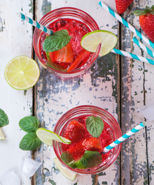 Red White and Blue cocktails - Strawberry Sangria