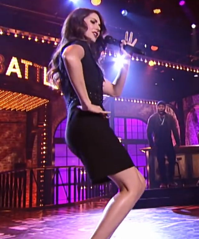 Alison Brie on Lip Sync Battle - Lead