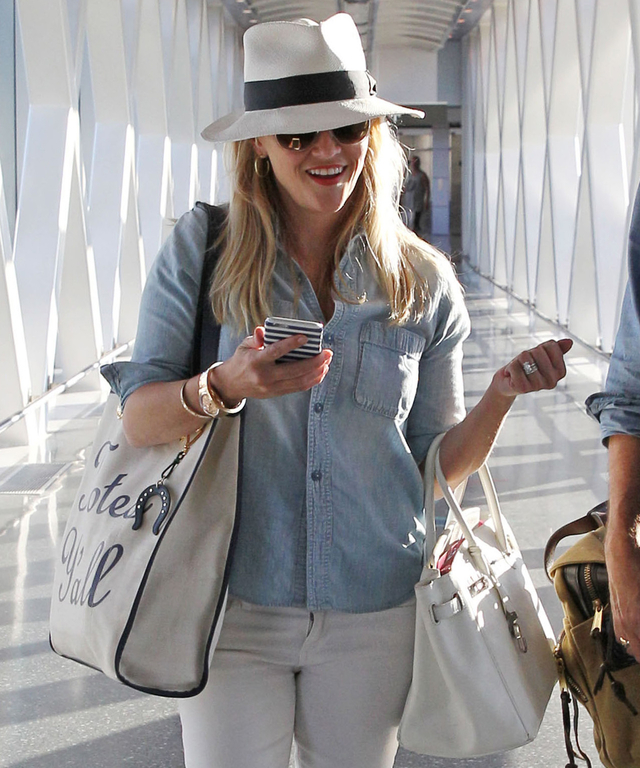 Exclusive... Reese Witherspoon & Jim Toth Arriving In Boston