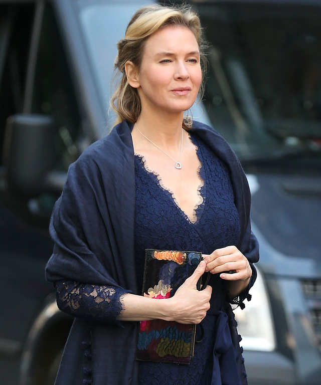 "Renee Zellweger Sighted Filming ""Bridget Jones' Baby"" - October 12, 2015"