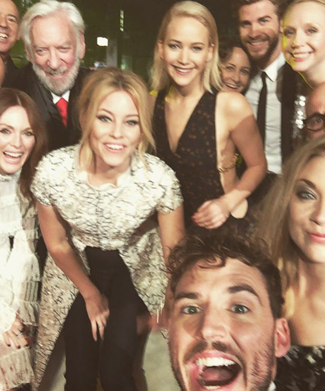 Hunger Games Selfie - Lead