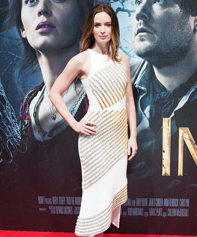Emily Blunt's Into the Woods premiere look