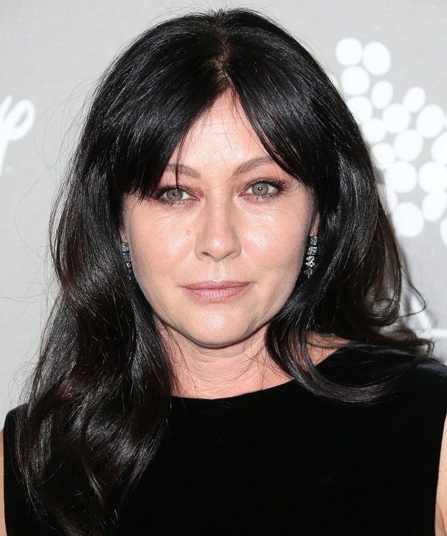 CULVER CITY, CA - NOVEMBER 14:  Actress Shannen Doherty attends the 2015 Baby2Baby Gala at 3LABS on November 14, 2015 in Culver City, California.  (Photo by Frederick M. Brown/Getty Images)