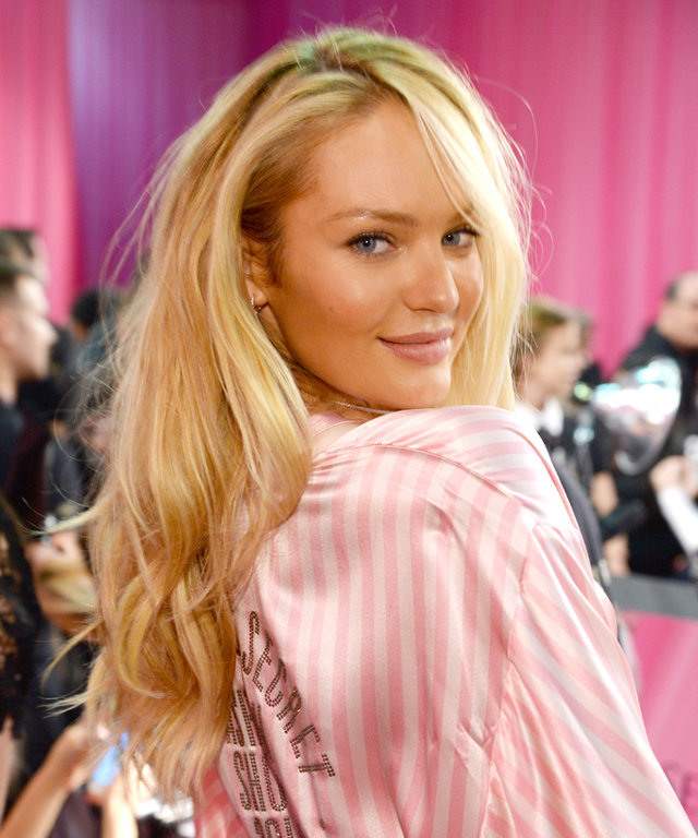 NEW YORK, NY - NOVEMBER 10:  Candice Swanepoel gets ready backstage before the 2015 Victoria's Secret Fashion Show at Lexington Armory on November 10, 2015 in New York City.  (Photo by Kevin Mazur/WireImage)